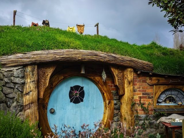 set  from Lord of the  Rings  - hobbiton